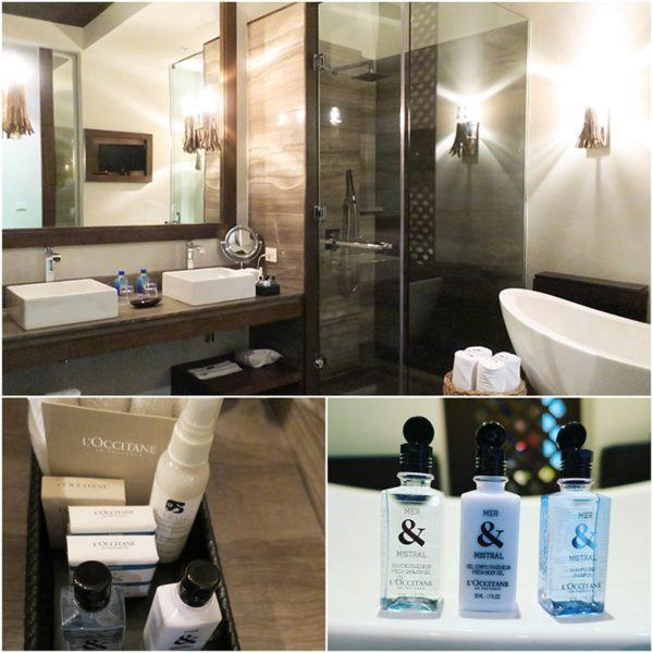 bathroom at Nizuc resort and spa cancun luxury resorts