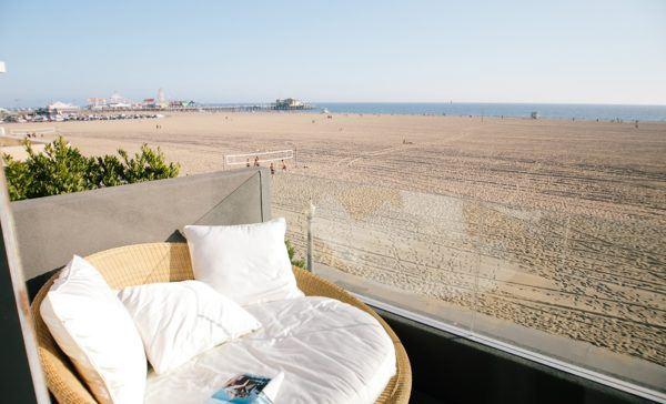 santa-monica-beach-california-luxury-vacation-rental-flytographer-cover