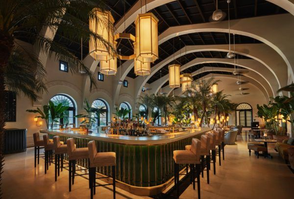best places to stay in florida-four-seasons-miami-surf-club-champagne-bar
