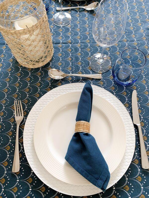 blue white table cloth