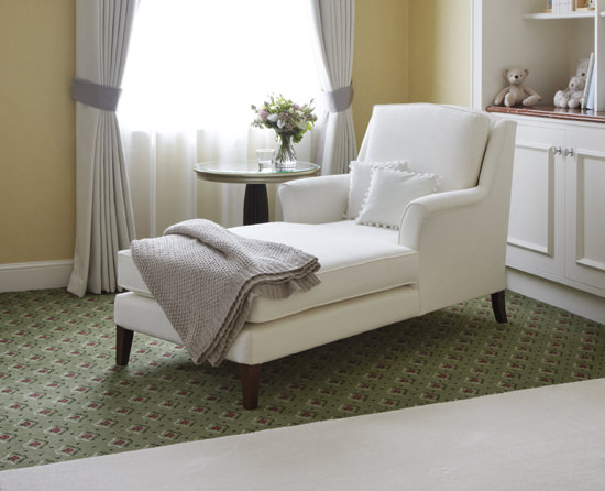 I loved this chaise-longue. Perfect for mothers to rest and feed their babies, and for me to play with my ipad