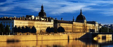 Lyon is trés fabulous!
