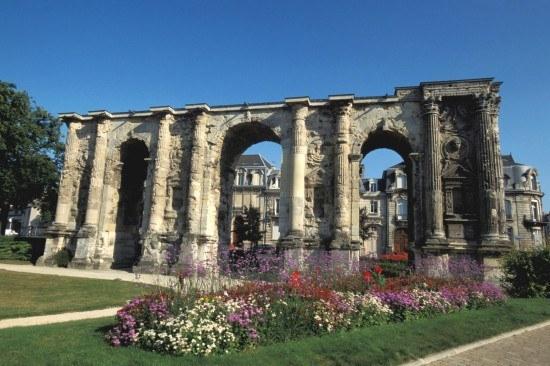 Porte Mars, the ancient gateway to Reims (Durocortorum), Roman capital of Champagne.