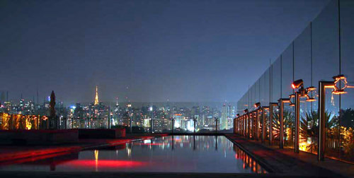 The unforgettable view of the Sao Paulo skyline from the SKYE Bar