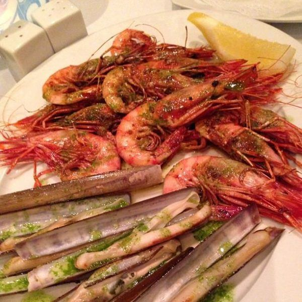 A luxury long weekend in Mallorca - razor clams and prawns
