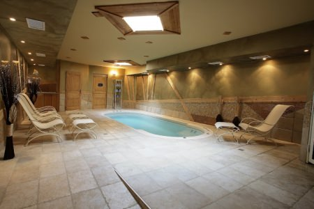 The private spa room at L'Oxalys